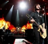 Green Day & Catfish and The Bottlemen
